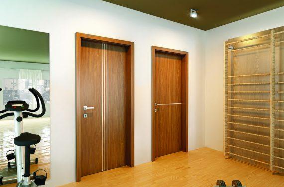 Laminált többszínű fémintarziás ajtó